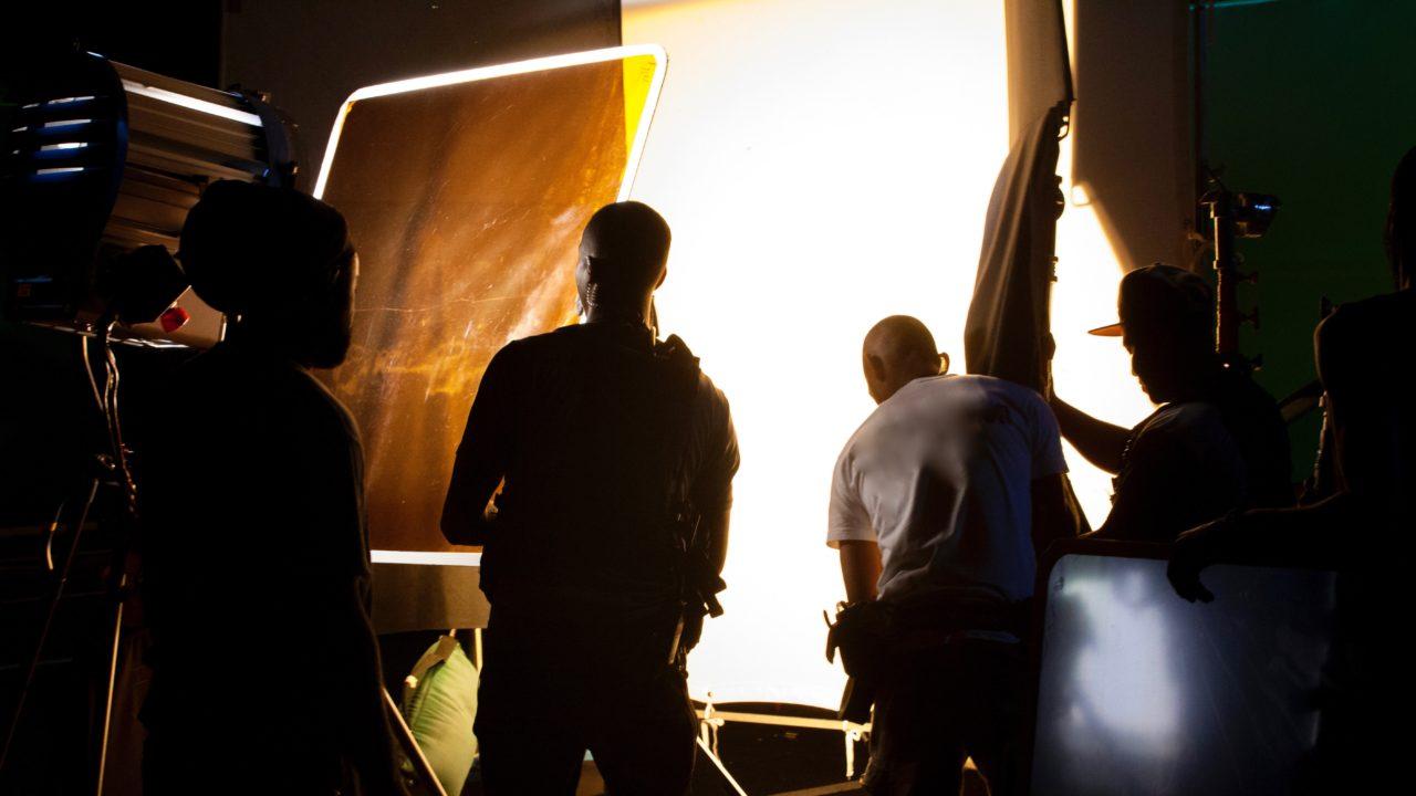 crew-production-stills_20160527008